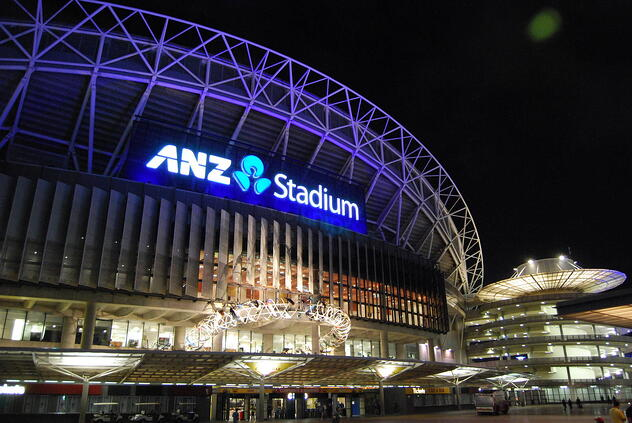2009_ANZ_Stadium_external_night